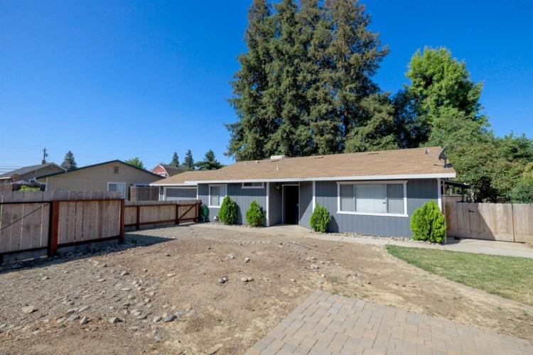 230 E North, Oakdale, CA 95361