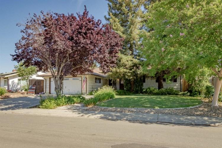 500 Greenwood Drive, Woodland, CA 95695