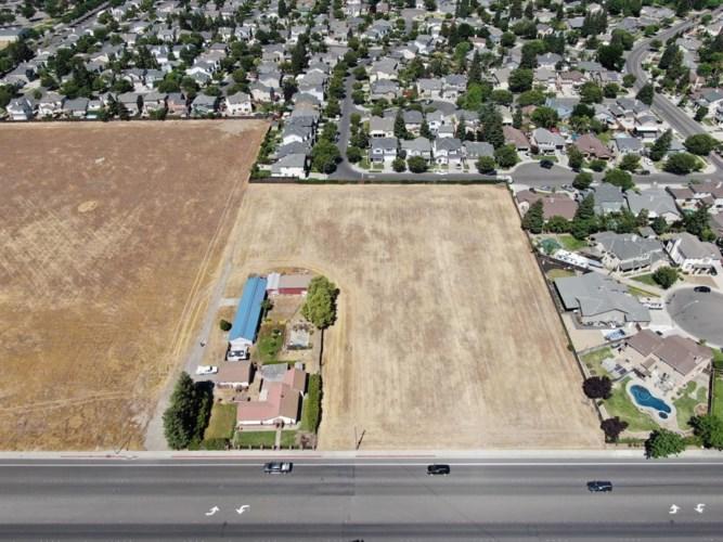 4201 Geer Road, Turlock, CA 95382