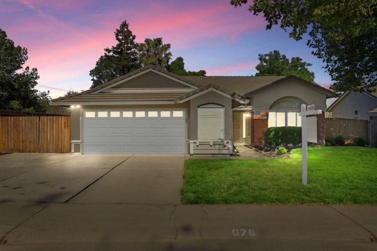 678 Cedar Flat, Galt, CA 95632