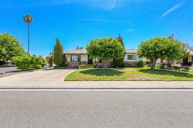 1507 7th Street, Livingston, CA 95334