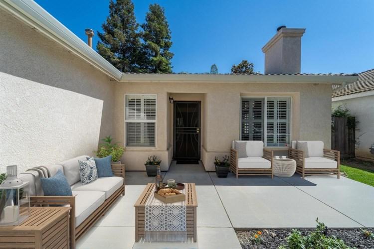 3116 Roland Gardens Lane, Modesto, CA 95355