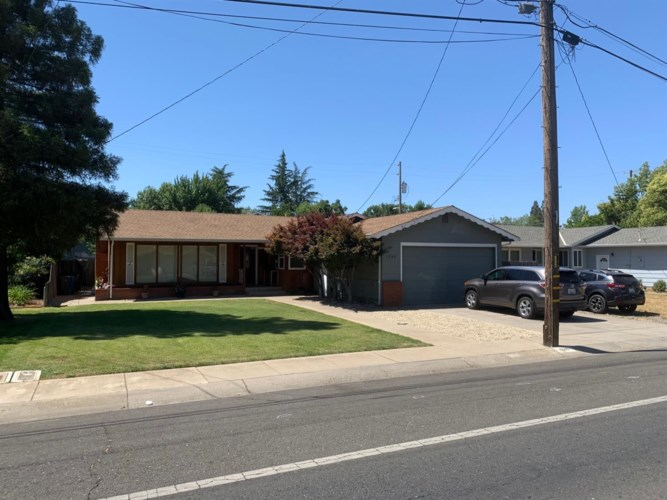 1246 Queens Avenue, Yuba City, CA 95991