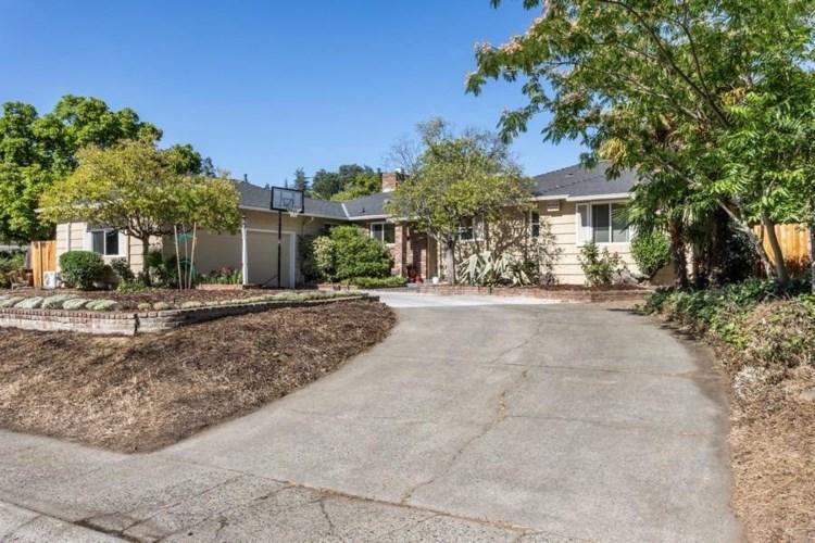 5807 13th Street, Sacramento, CA 95822
