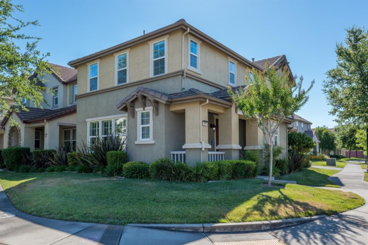 571 Wapello Circle, Sacramento, CA 95835