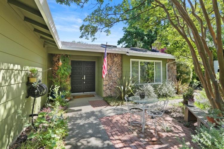7236 Kenneth Avenue, Orangevale, CA 95662