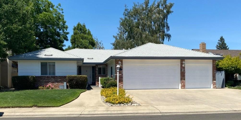 2545 Amberwood Drive, Lodi, CA 95242