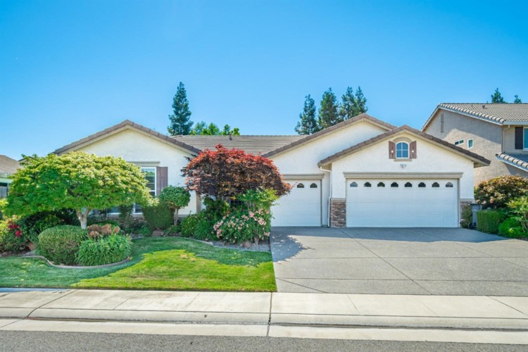 9764 Lilac Fields Place, Elk Grove, CA 95624