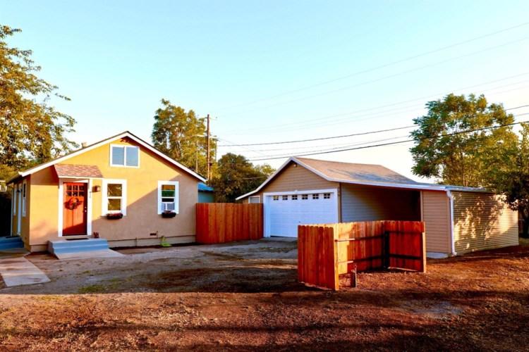 939 Sullivan Avenue, Stockton, CA 95205
