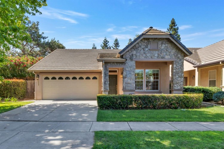 2500 Burnaby Way, Sacramento, CA 95833