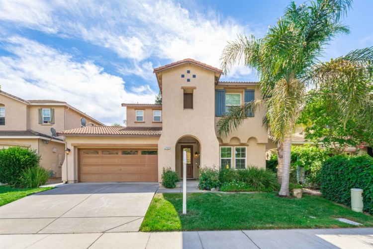 3742 W River Drive, Sacramento, CA 95833