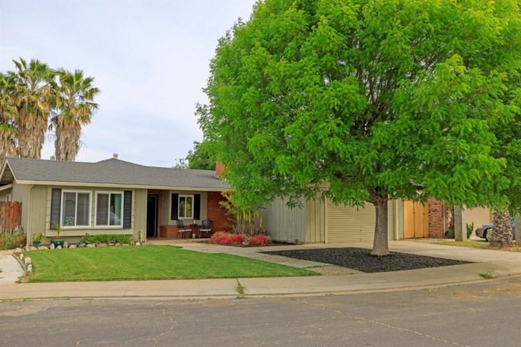 2205 Lavon Lane, Ceres, CA 95307
