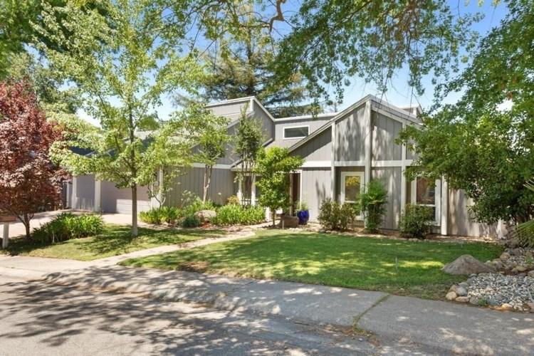 8515 Via Gwynn Way, Fair Oaks, CA 95628