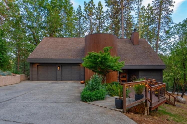 635 Country Road, Meadow Vista, CA 95722