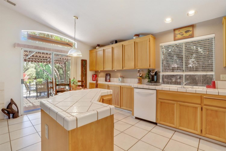 1755 Lavelle Smith Drive, Tracy, CA 95376