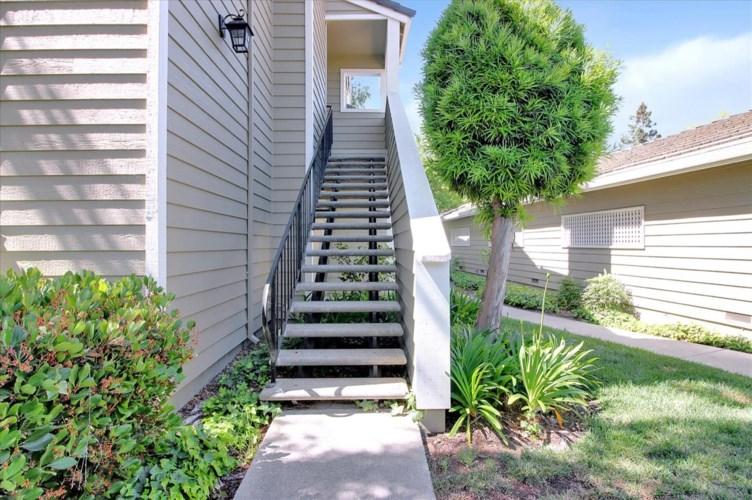 978 Lake Isabella Way, San Jose, CA 95123
