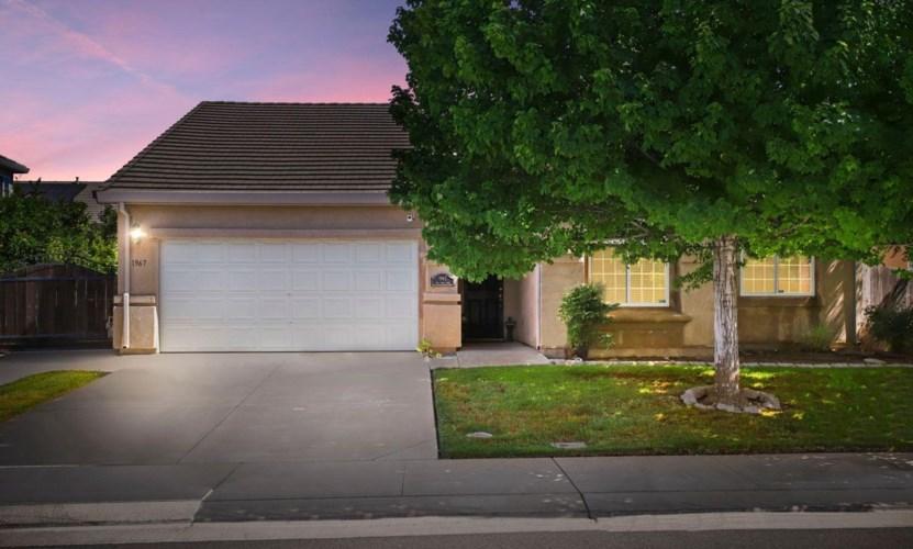 1967 Oak Tree Lane, Stockton, CA 95209