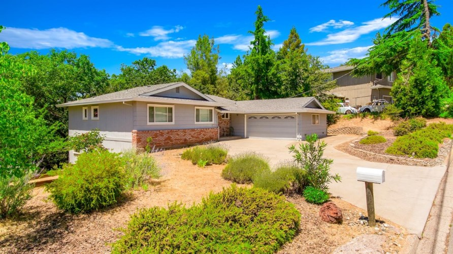 1615 Country Club Drive, Placerville, CA 95667
