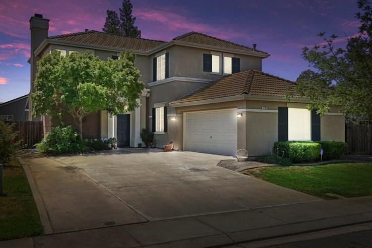 3704 Fallen Oak Drive, Modesto, CA 95355
