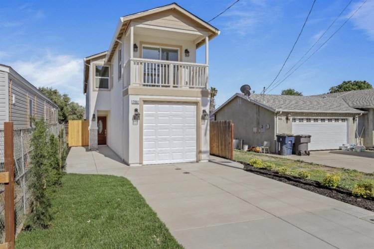 2482 Altoga Avenue, Tracy, CA 95376