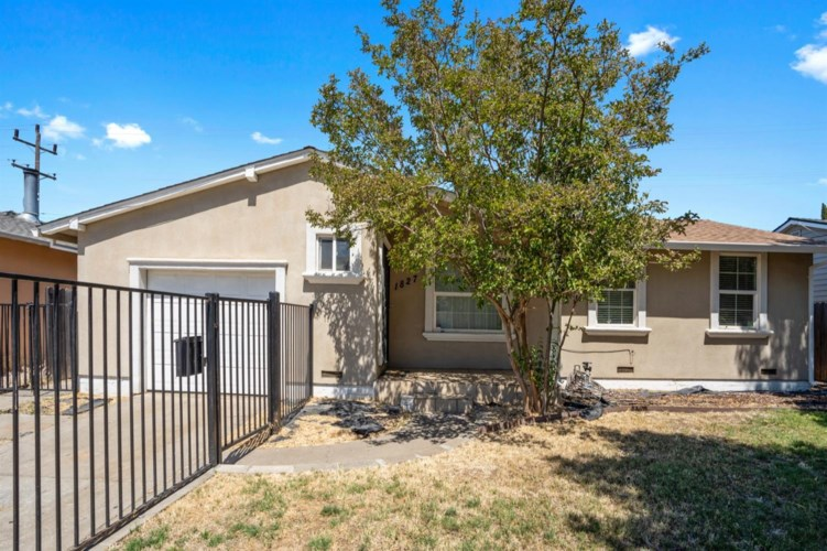 1827 Jamestown Drive, Sacramento, CA 95815