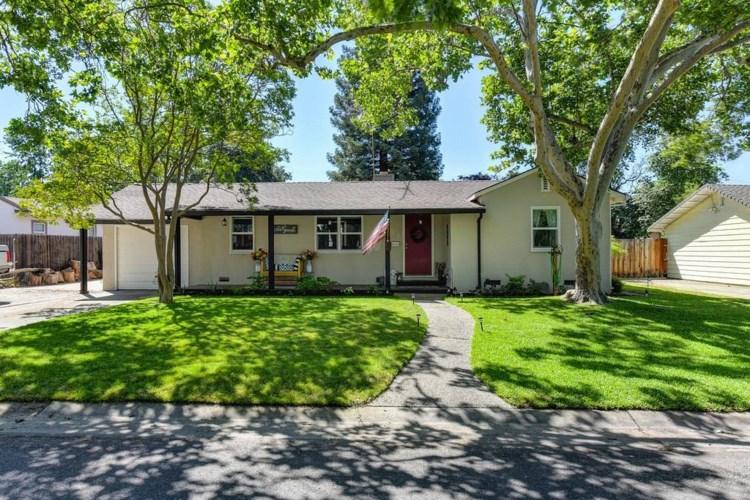 2360 Tyrolean Way, Sacramento, CA 95821