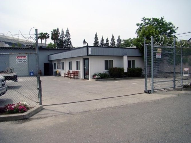 1336 Dixieanne Ave, Sacramento, CA 95815