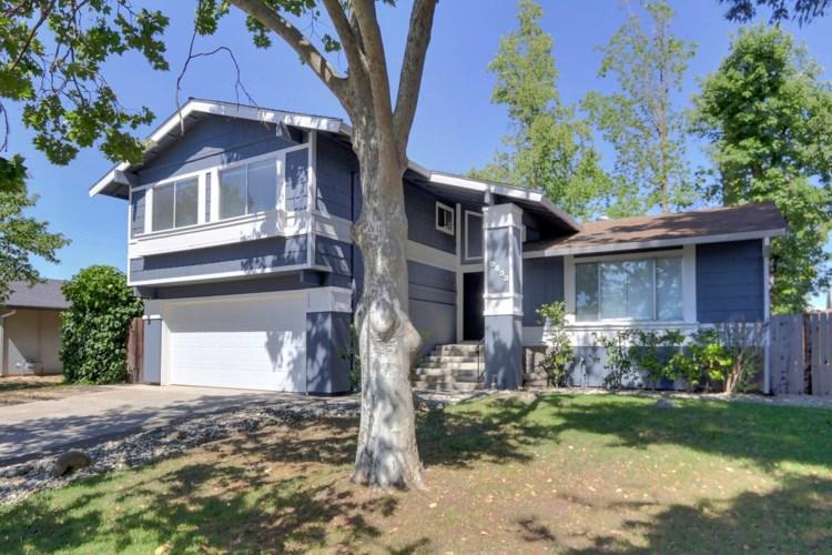 9833 Vista Grande Way, Elk Grove, CA 95624