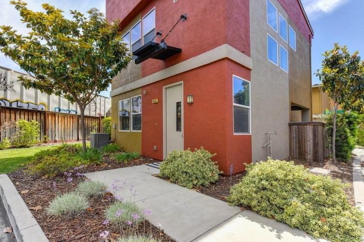 853 Bainite Court, West Sacramento, CA 95691