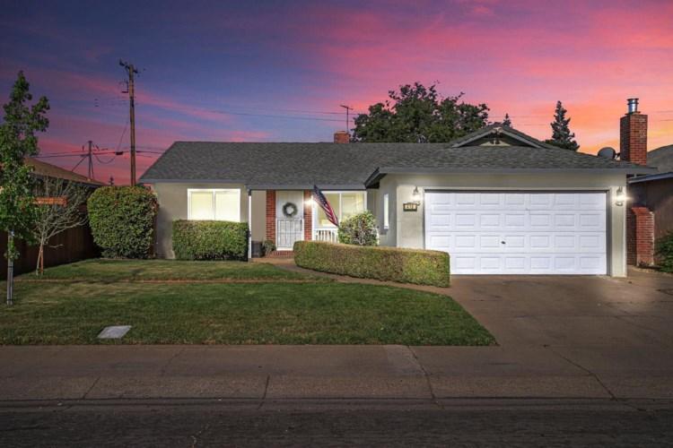 418 N Fairmont Avenue, Lodi, CA 95240