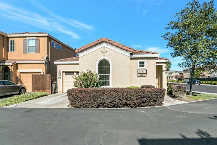 5016 Ocean Lane, Elk Grove, CA 95757