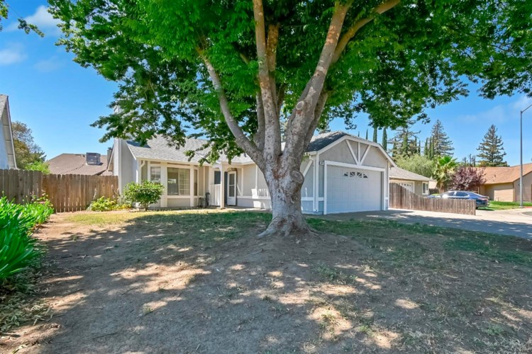 1074 Beechwood Street, Yuba City, CA 95991