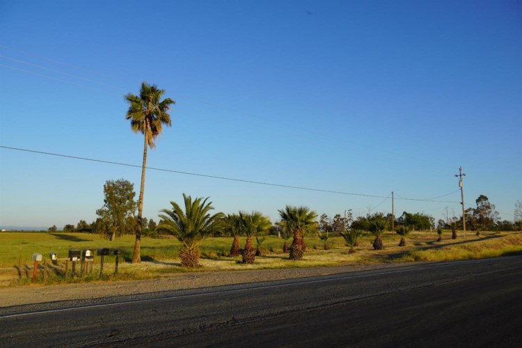 1310 S Hwy 99w, Orland, CA 95963