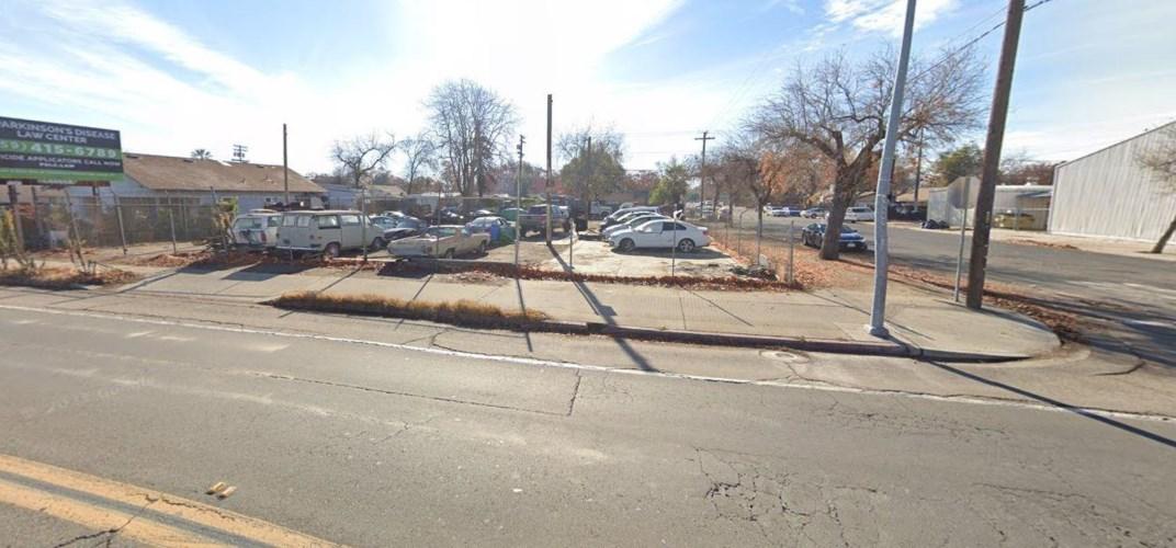 227 Maze Boulevard, Modesto, CA 95351