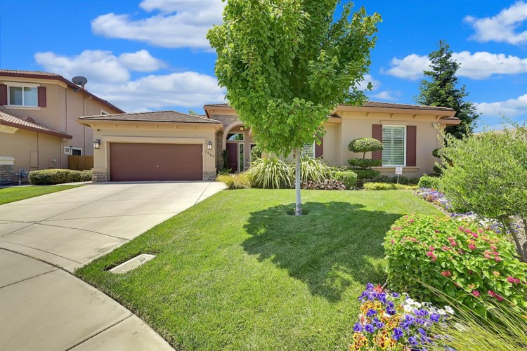 2660 River Bend Court, Yuba City, CA 95993