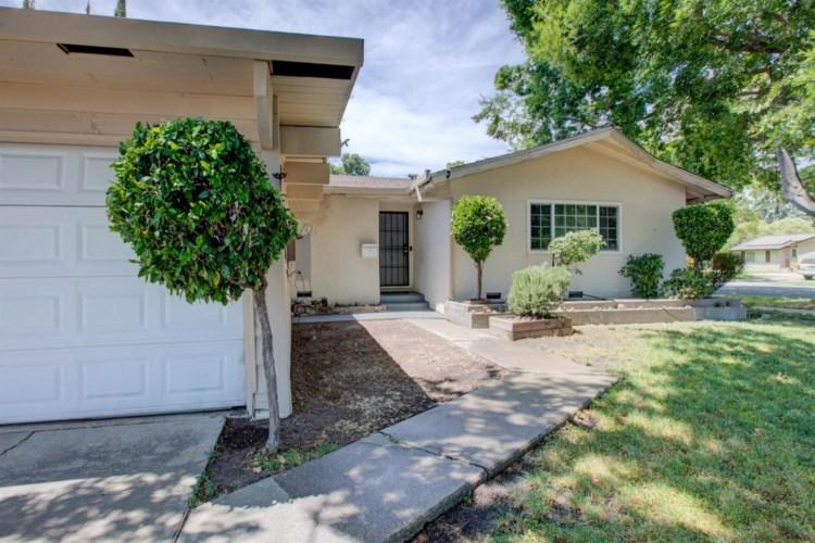9239 N El Dorado Street, Stockton, CA 95210
