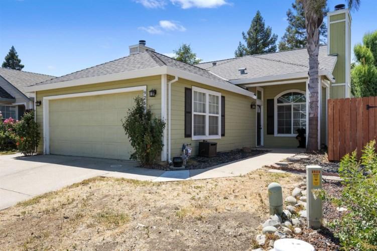 9260 Guillermina Court, Elk Grove, CA 95758