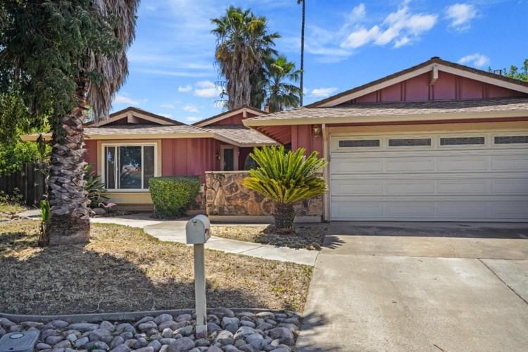 3425 Corbin Way, Sacramento, CA 95827