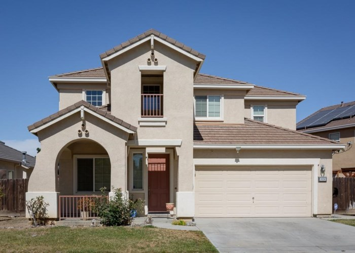 1634 Woodbrush Avenue, Los Banos, CA 93635