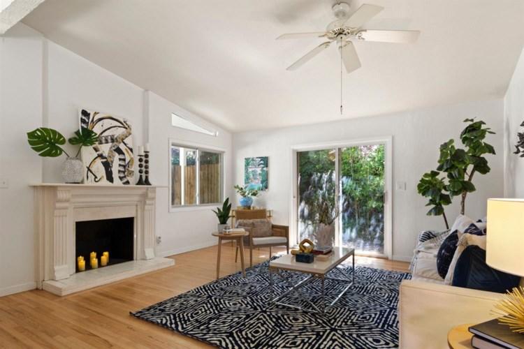 4330 Alderwood Way, Sacramento, CA 95864