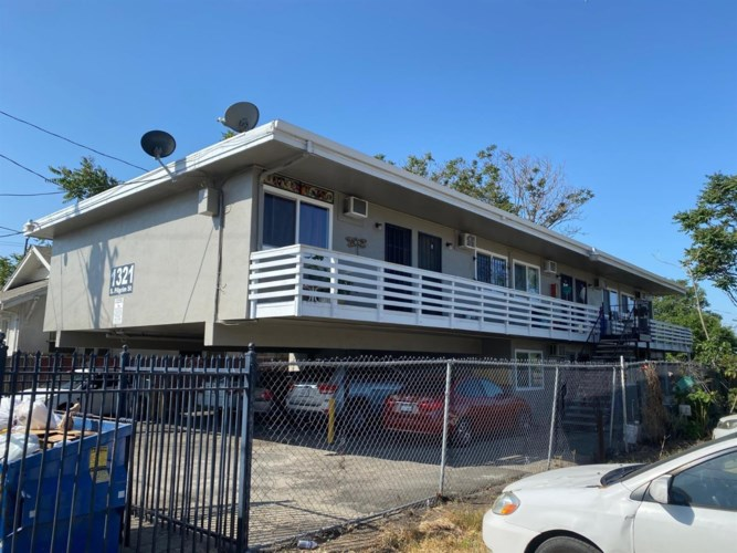 1321 S Pilgrim Street, Stockton, CA 95205