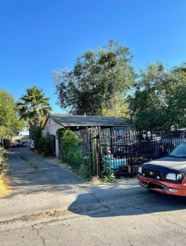 3040 38th Avenue, Sacramento, CA 95824