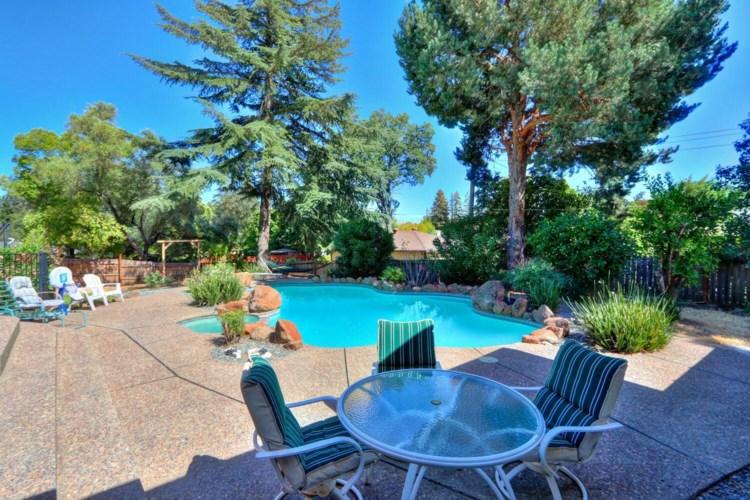 4601 Paula Way, Fair Oaks, CA 95628