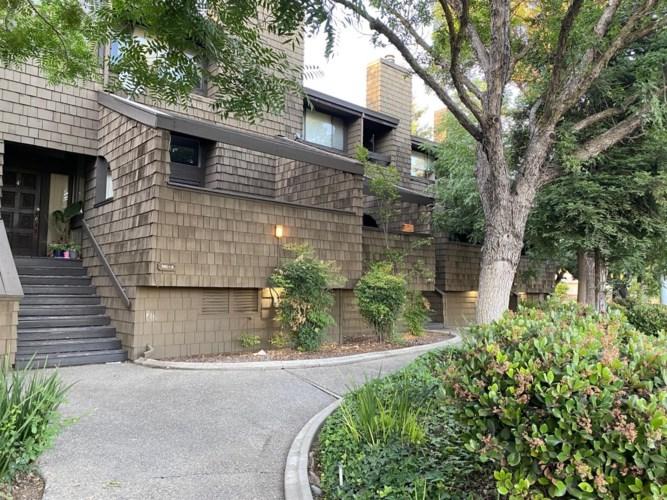 501 Rose Avenue  #4, Modesto, CA 95355