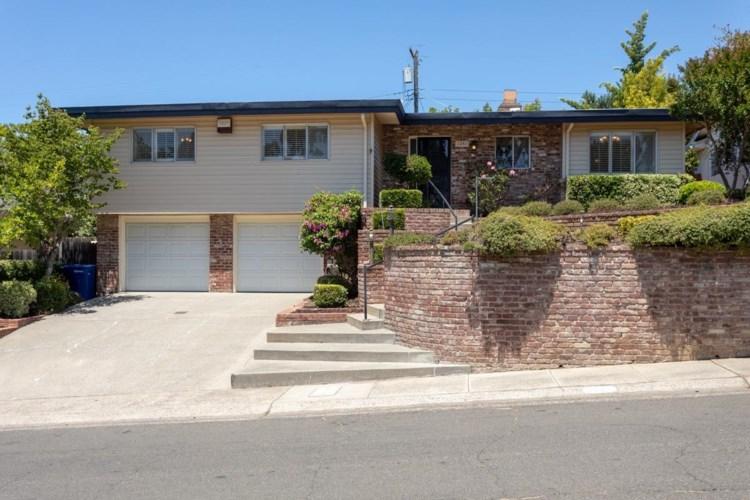 1241 Nevis Court, Sacramento, CA 95822