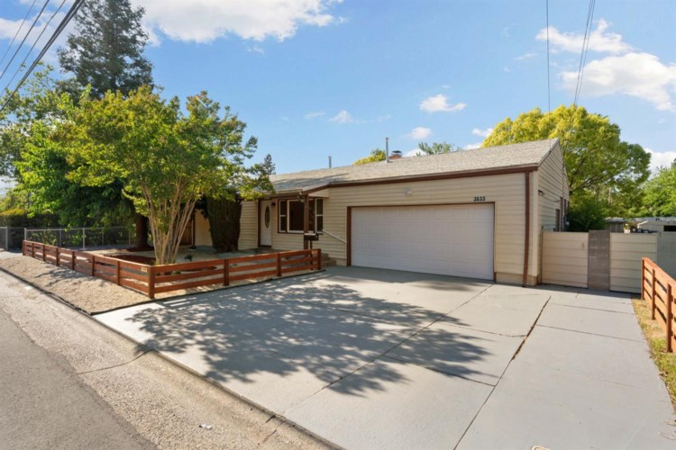 3633 Whitney Avenue, Sacramento, CA 95821