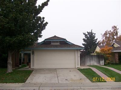 9313 Hoyleton Way, Elk Grove, CA 95758