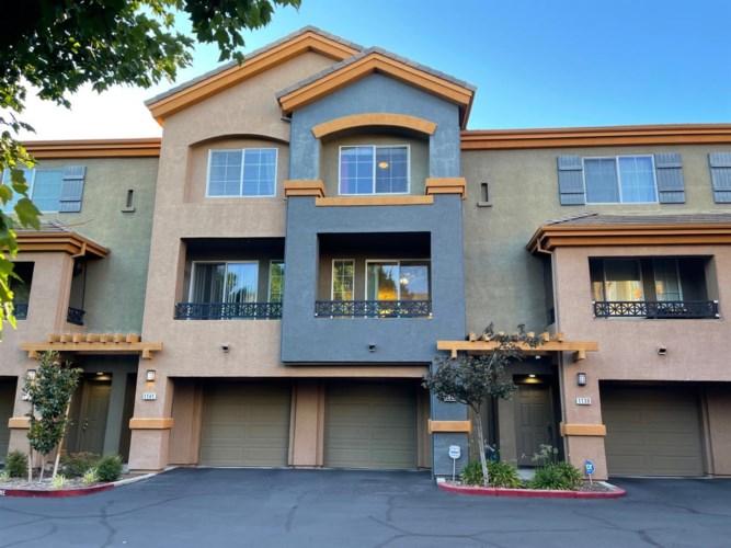 2001 Club Center Dr  #1140, Sacramento, CA 95835
