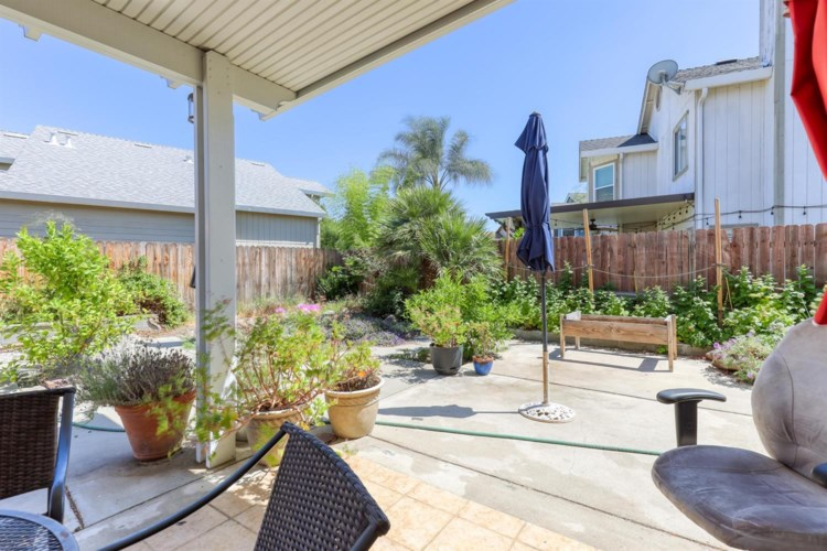 8572 Twin Trails Drive, Antelope, CA 95843