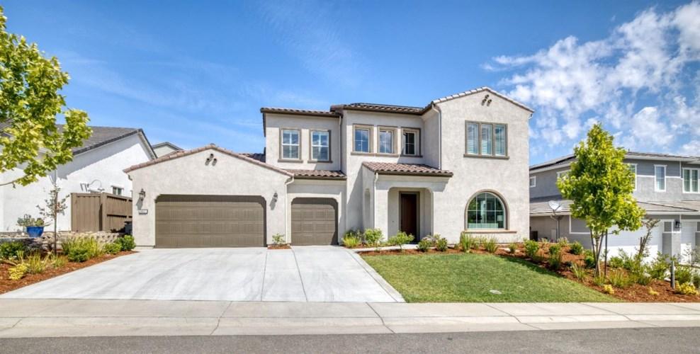 902 Hawks Feather Lane, Rocklin, CA 95765